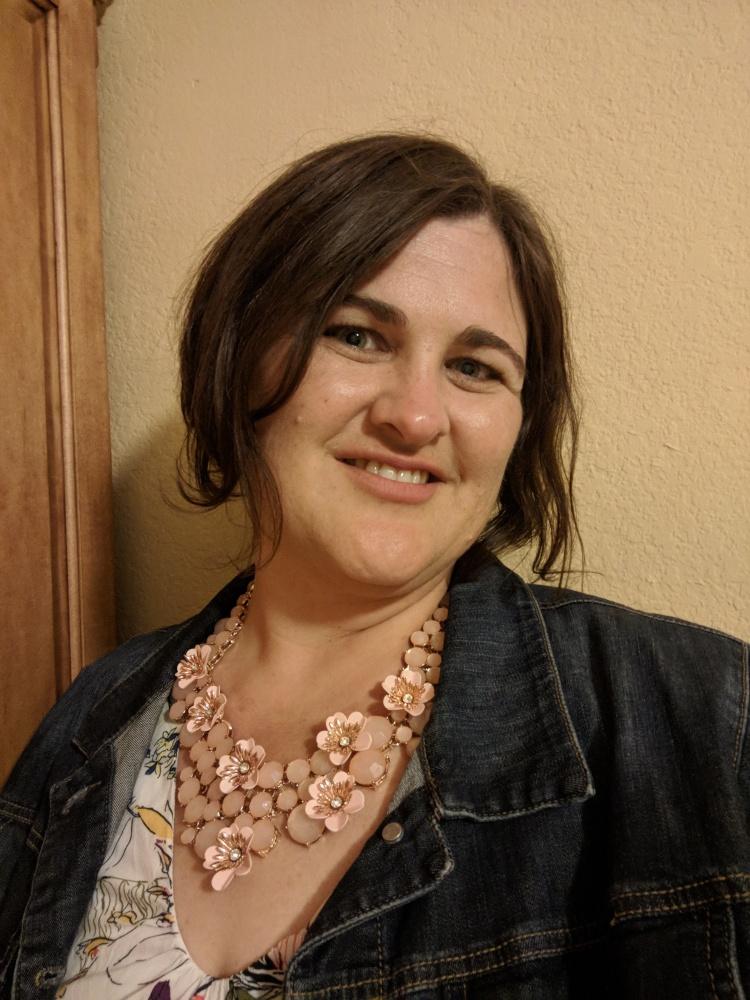 Portrait photo of Laura Gore.
